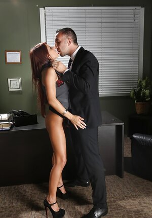 Secretary remains alone with boss in the office and furthermore seduces to fuck on the table